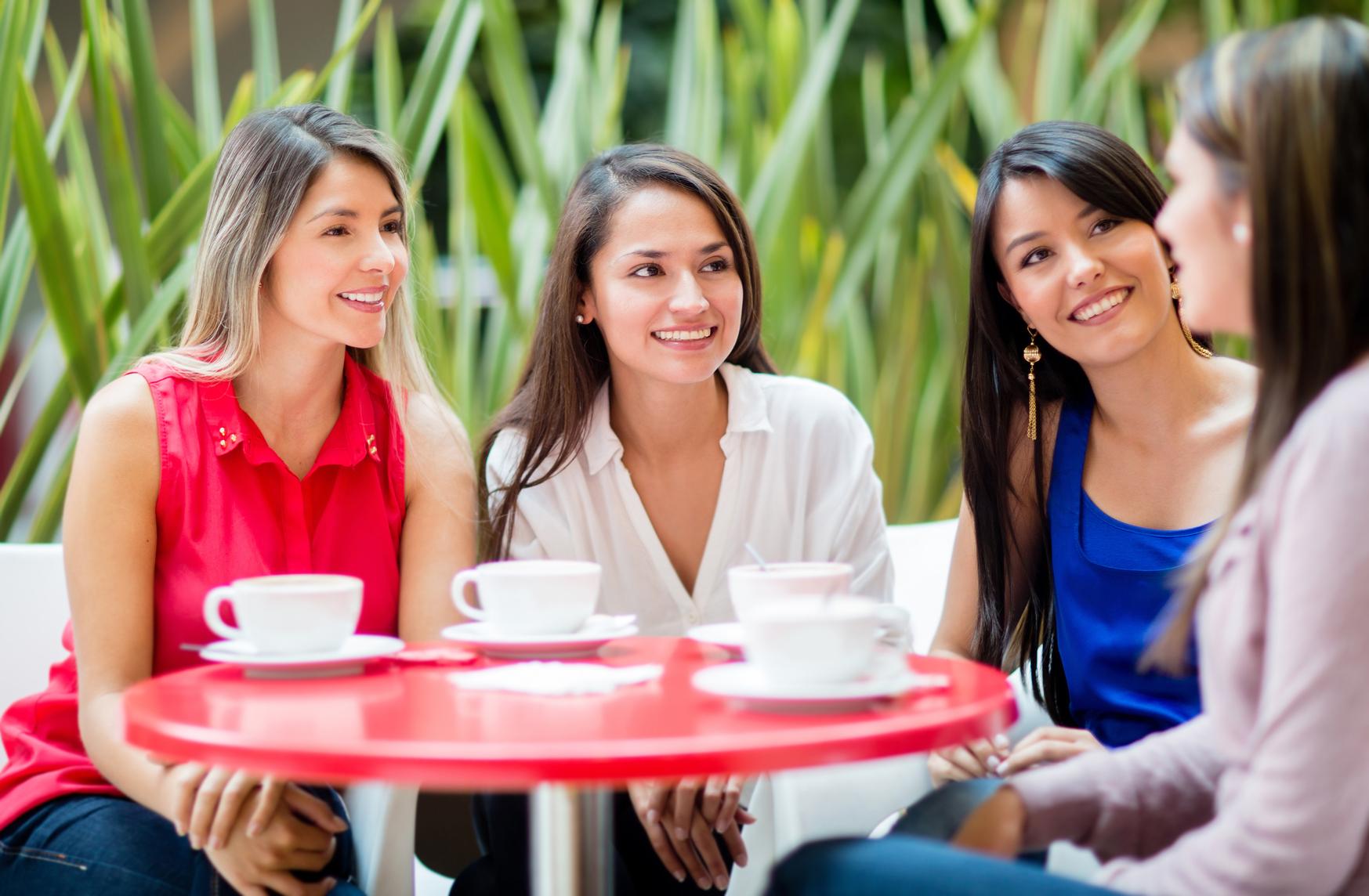 Картинки для беседы с подругами