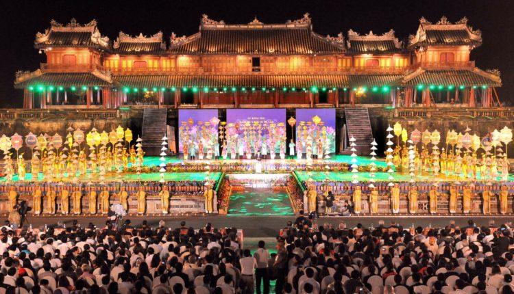 festival v Hjue